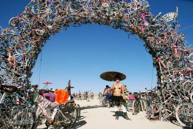 The Dark Side of Burning Man (2/4)