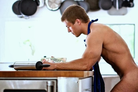 men-guys-food-naked-shirtless-cooking-apron-ass-gay-TMI-muscle-bulge-cleaning-hot-sexy-cute