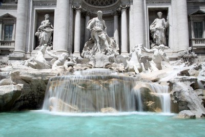 Trevi Fountain ome
