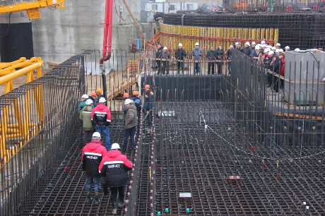 New reactor construction in Belorus build by Russians.