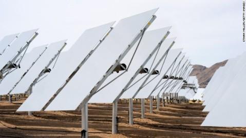 Power Tower solar installation in Mohave Desert, US