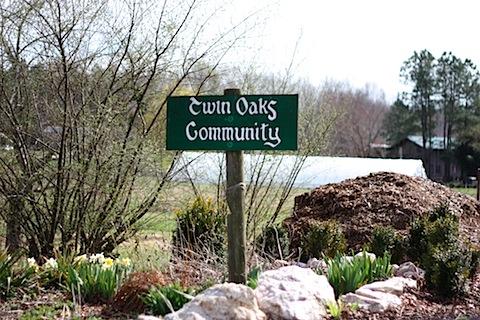 https://paxus.files.wordpress.com/2014/11/twin-oaks-community-sign.jpg