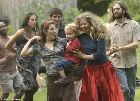 There are some beautiful commune pictures out there. From 40th Anniversary