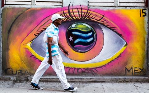 Eye motif in Havana